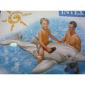 Надувной дельфин от
